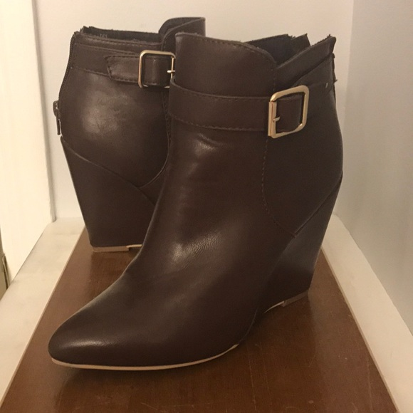f2ee6ce9e81 JustFab Shoes - Just fab Taya brown wedge boots